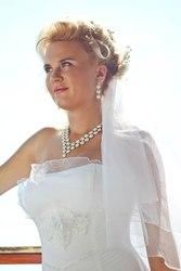 Очень красивое и нежное свадебное платье ))))